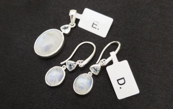 MOONSTONE & BLUE TOPAZ, PENDANT & EARRINGS